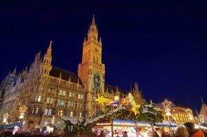 christkindlesmarkt-in-muenchen-bayern